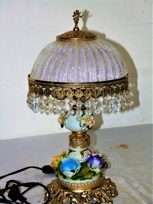 Crystal / porcelain table lamp