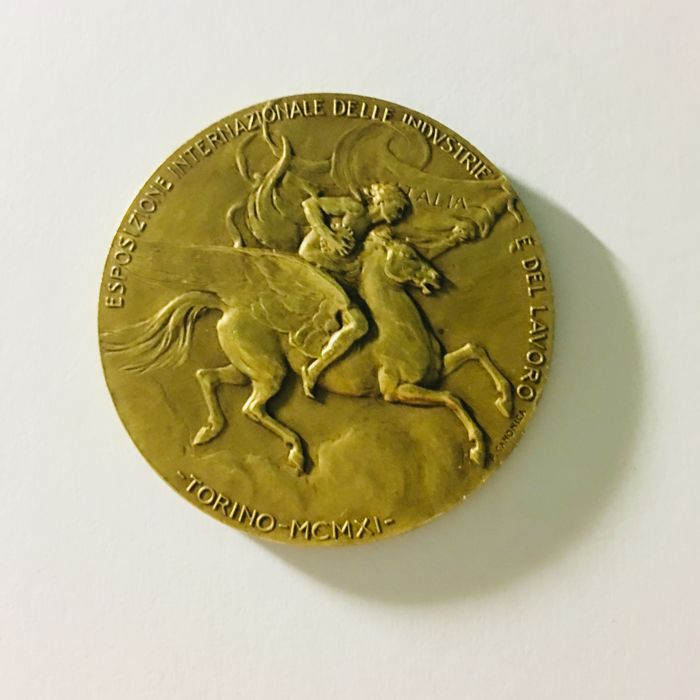 Commemorative medal - Turin's International Exposition of Industry and Labor 1911 Italy - by Pietro Canonica and S. Johnson