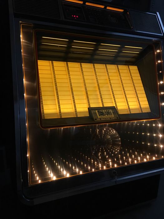 Prachtige Rowe Ami R85 Jukebox