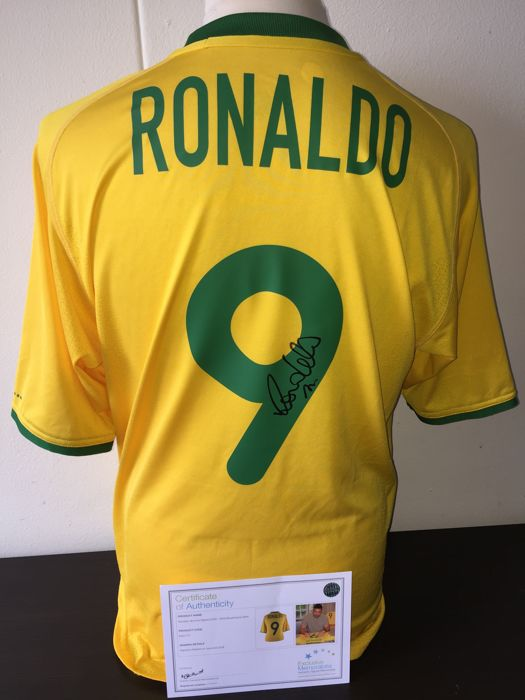 Ronaldo / Brazil - Hand Signed official Nike Brasil  shirt (00-02) + COA & Photoproof!