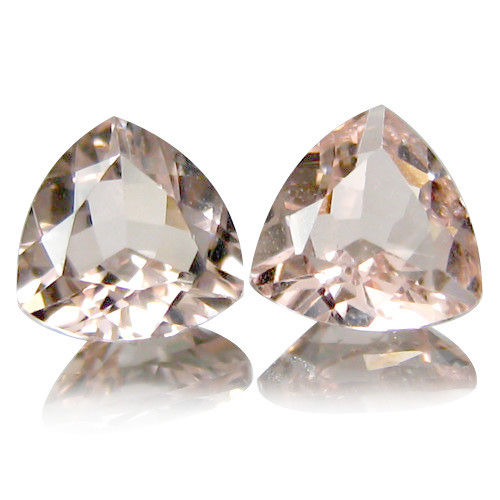 2 morganites (pair) - total 2,0 ct