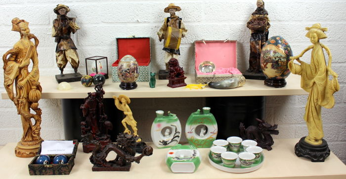 Collection of 30 items from Asia