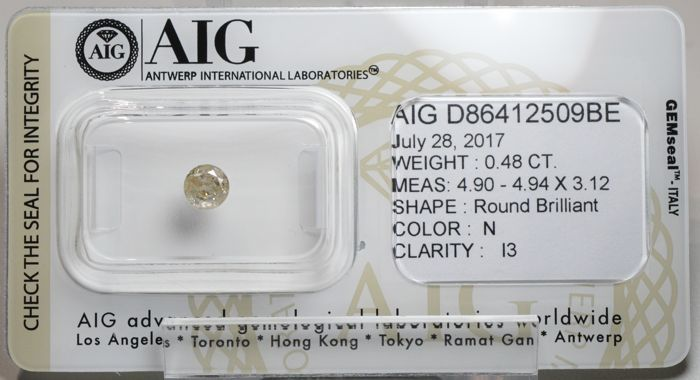 0.48 ct round brilliant diamond, N, I3