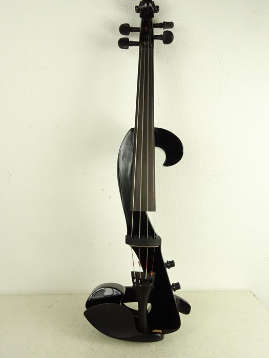 Valentino VE-20 electric violin, 21st century