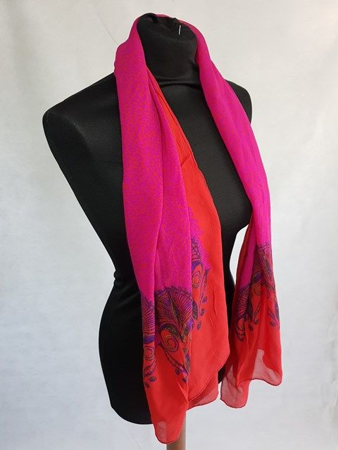 new high quality 50% price hot sales Atelier Versace - Echarpe châle - Catawiki