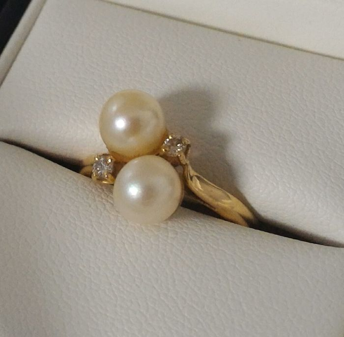 Toi et moi ring set with pearls and diamonds