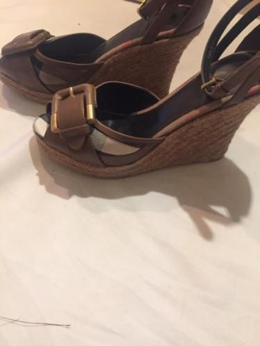 Burberry - Wedge heel