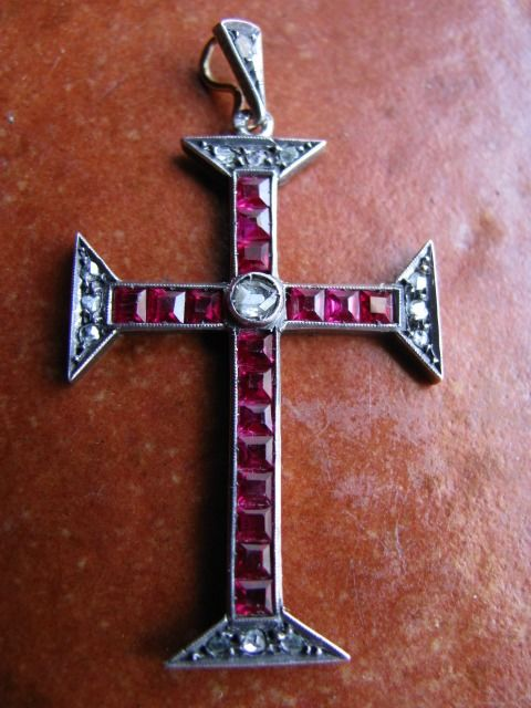 Antique Byzantine religious cross from the 19th century with diamonds and  rubies – 3 carats - Catawiki