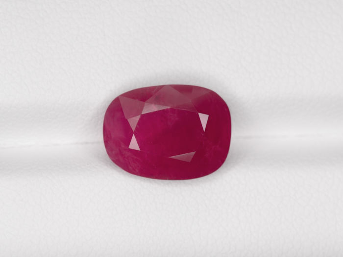 Ruby - 6.39 ct