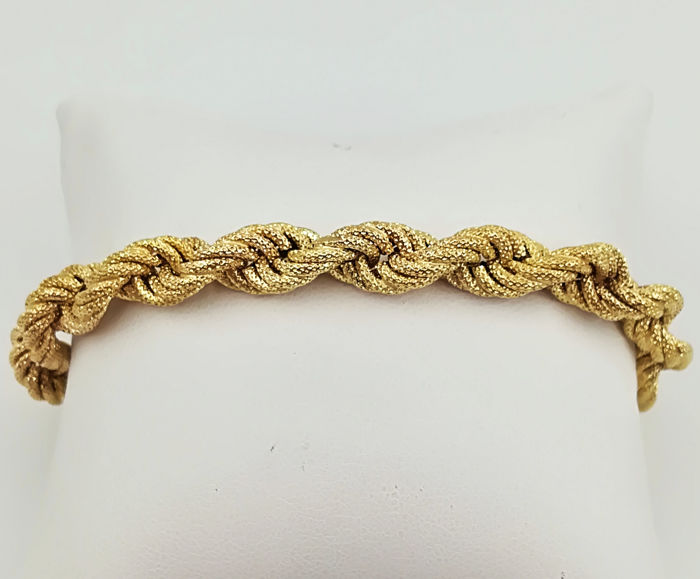 Bracelet in 18 kt satinised yellow gold with soft twisted links, 23.00 cm long, total weight 18.64 g