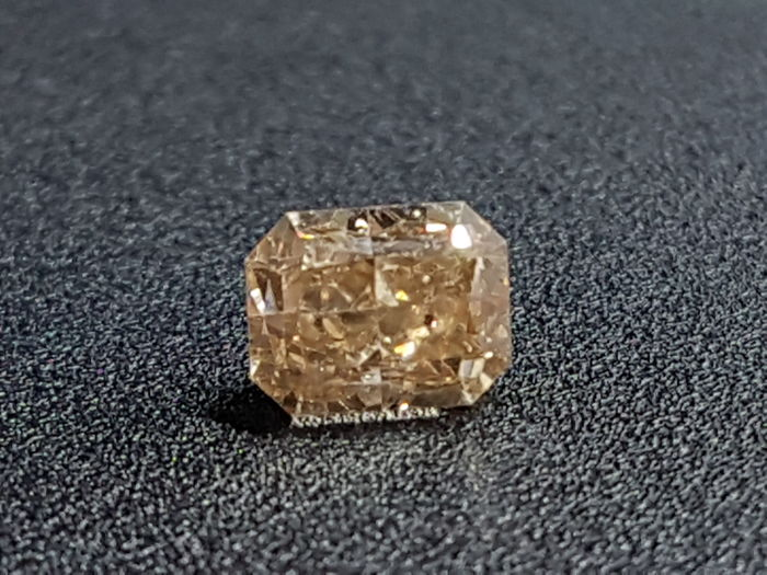 1.04 ct Radiant Diamond Fancy Brown SI1 ** no reserve price **
