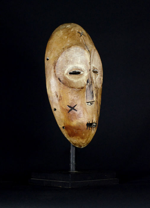 Big African Tribal LEGA Mask from the Bwami Society with scarifications. Democratic Republic of the Congo.