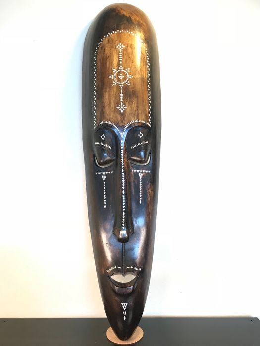 Large and decorative wooden mask - inlaid with mother of pearl - Africa - 2nd half of the 20th century