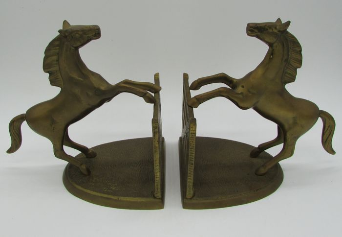 Pair of brass bookends of horses rearing on fence - 1.610 kg - 20th century - France