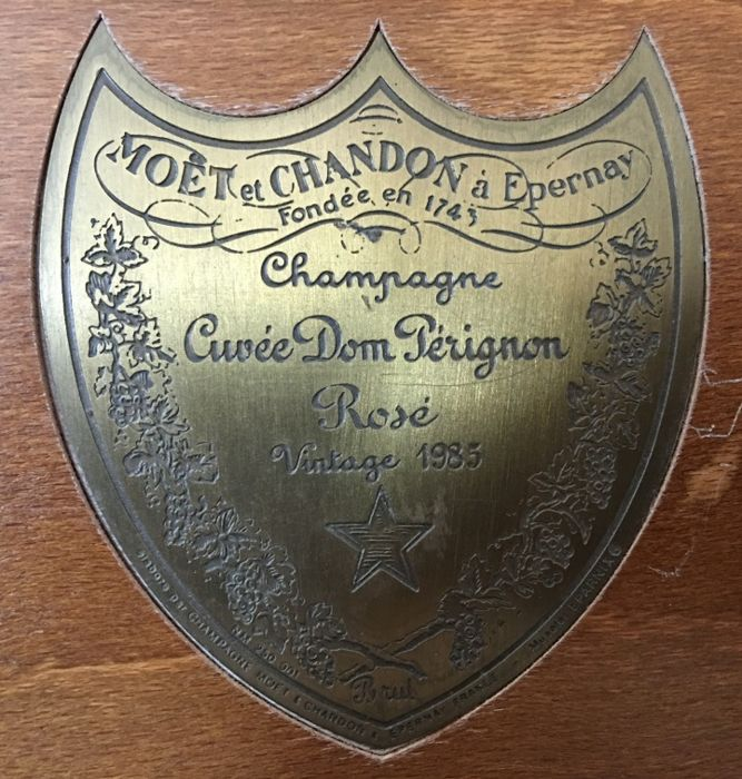 1985 Cuvée Dom Pérignon Rosé - Original Wooden Box - Moët & Chandon - 1 bottle