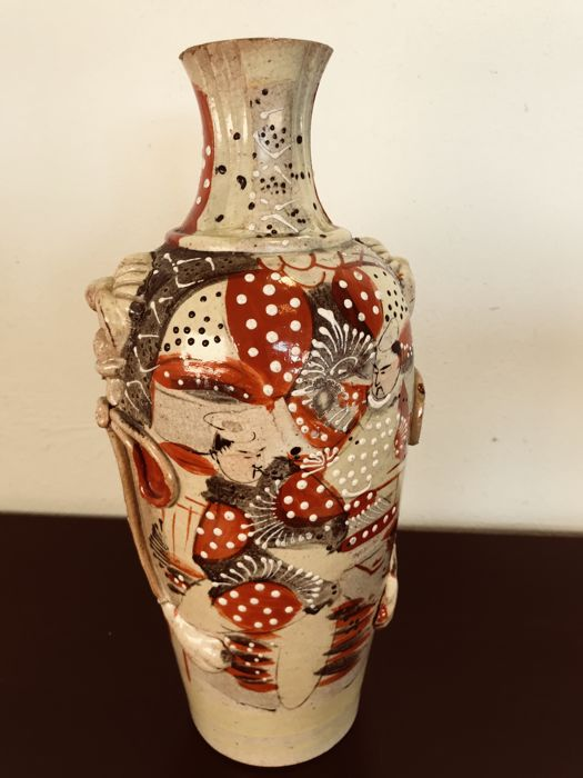 Magnificent Antique Satsuma Vase Japan First Half Of The 20th