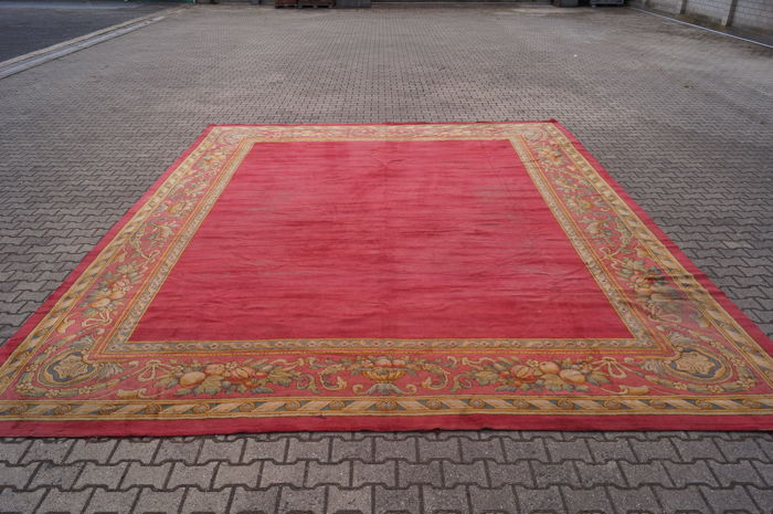 Spain savonnerie carpet approx. 552 x 454 cm