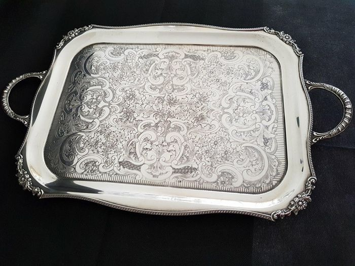 England, Butler's tray, George III style, late 19th century / very early 20th century