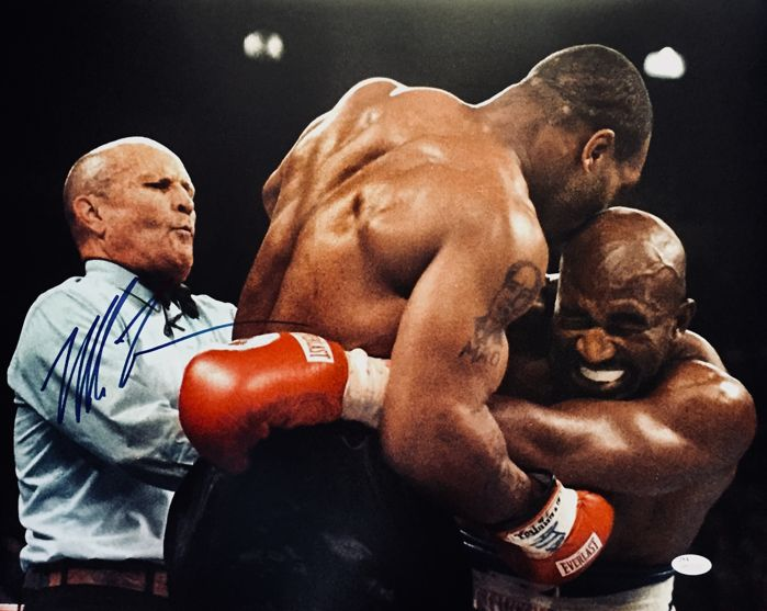 Mike Tyson / Authentic & Original Autograph in a  Professional Signed Photo ( 40 x 50cm ) - with Certificate of Authenticity JSA Wtinessed