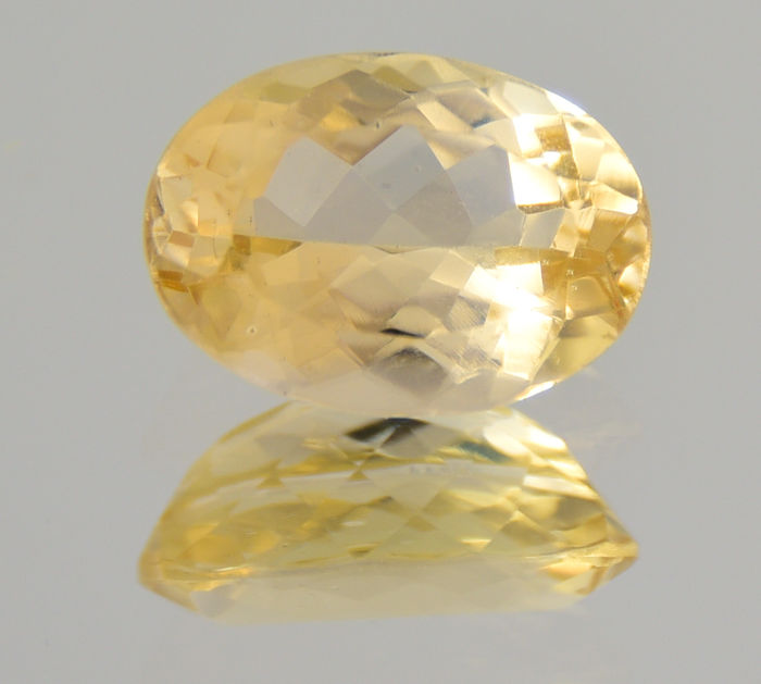 "Heliodor / Golden beryl - 7.37 ct - ""No reserve price"""