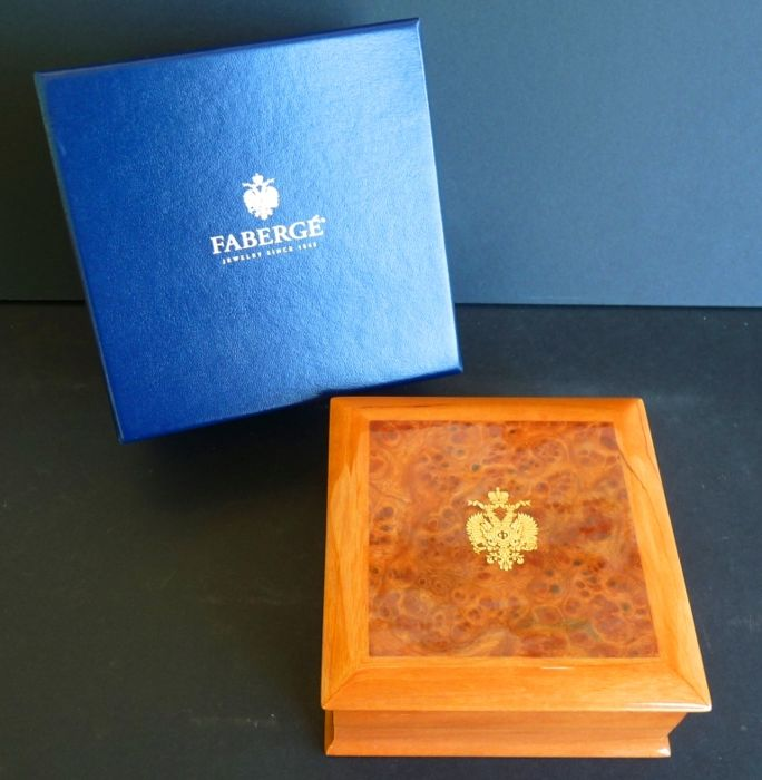 Imperial Faberge - Jewellery box - Painted wood - Original box