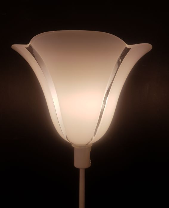 Av Mazzega - Flower-shaped table lamp (75 cm)