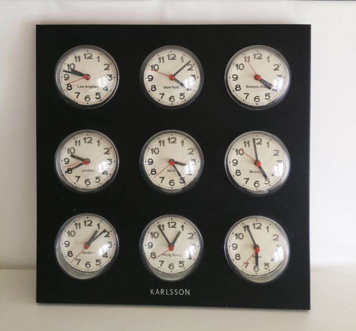 Karlsson - World clock with 9 domes, finished in black