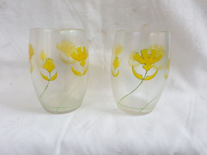 Fritz Heckert, Ludwig Sütterlin - Two Art nouveau glasses with stylised yellow flowers