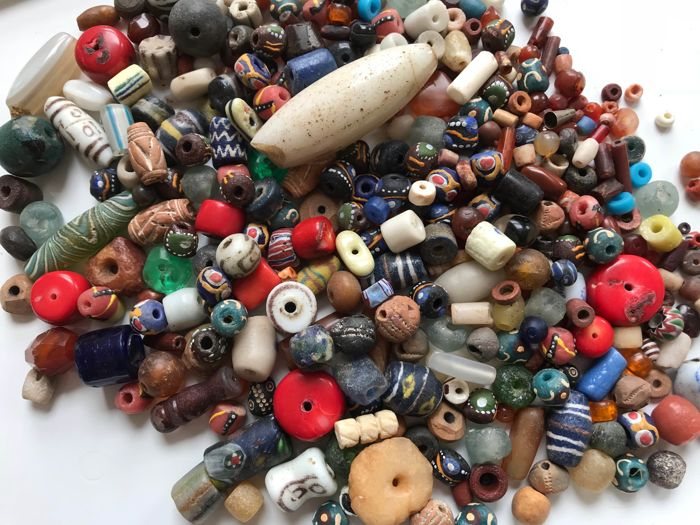 Lot of mixed beads, sourced in Africa