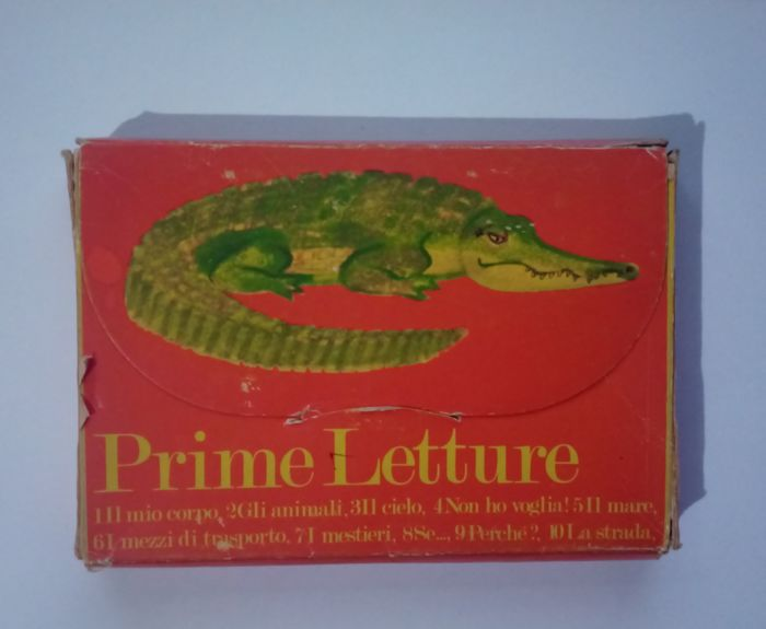 """Prime Letture"" by Armando Editore, 1970s - ten small booklets in an original box with illustrations by Enrica Agostinelli"