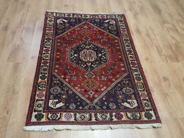 Hand-knotted Persian carpet - 102 x 154 cm
