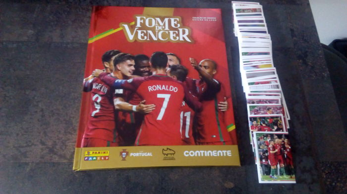 Panini - Family - Fome de Vencer - Empty Hardcover album + Complete loose sticker set.