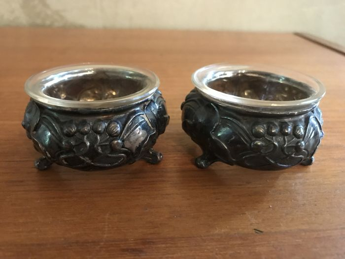 Silver Art Nouveau salt and pepper set