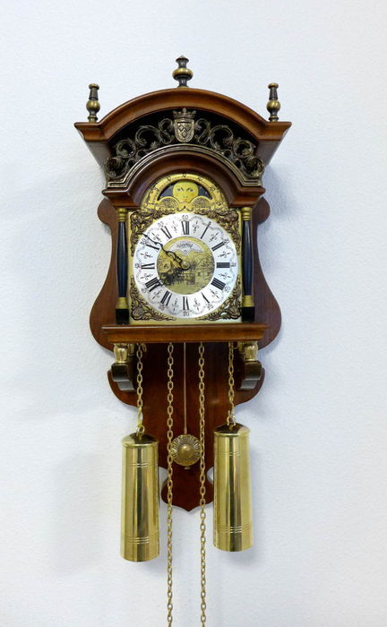Vintage Warmink clock from about 1960 period ,in good working condition,built by the bell factory Warmink (Wuba) !