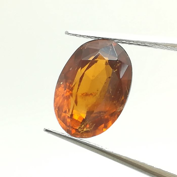 Hessonite garnet - 4.09 ct