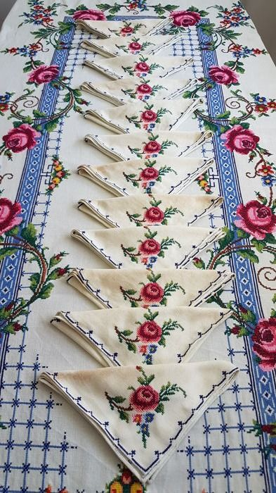 Lagartera tablecloth. Handmade embroidery cross stitch. Ancient crafts. First half of the 20th century