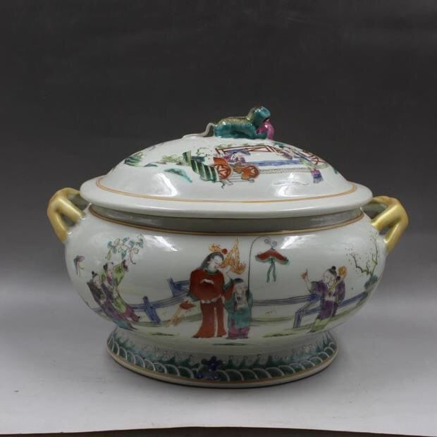 A Famille Rose Porcelain Jar With Handles-Marked On Base - China - late 20th/21st century