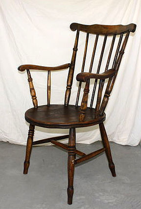A wooden Windsor style chair, ca. 1910