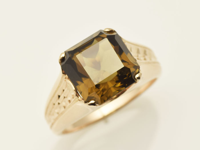 Gold ring of 14 kt  Smoky quartz 4.8 ct Size: 61 (ø 19.4 mm)