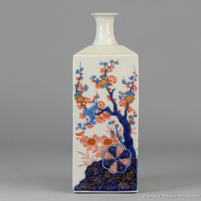 Antique Imari Porcelain Square Sake Bottle Vase 31 Cm Japan