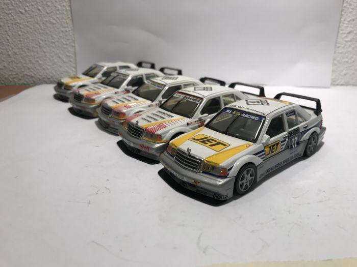 MiniChamps - 1:43 - 5 x Mercedes-Benz 190e