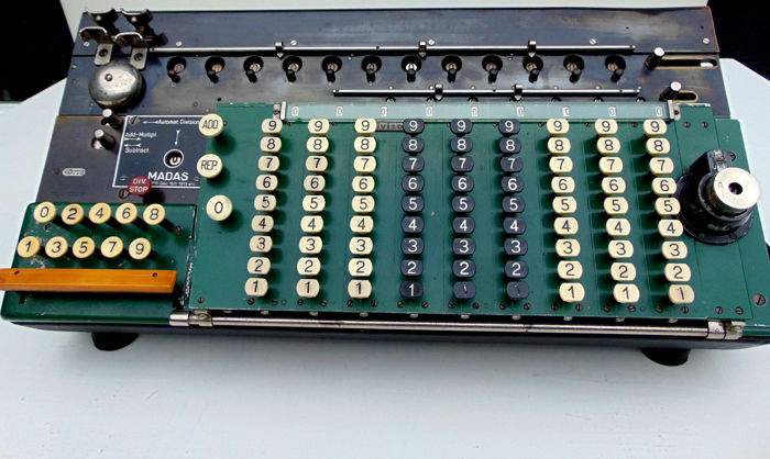 MADAS model Tomos VII antique calculator