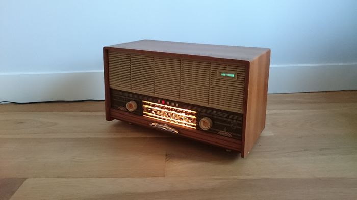 Beautiful Philips B3W22A/99 from 1962/1963