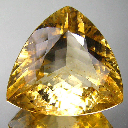 """Golden"" Beryl - Yellow - 18.78 ct - No reserve"