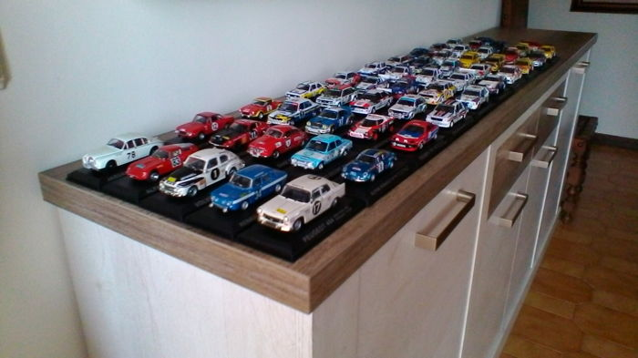 Collection of 52 rally models