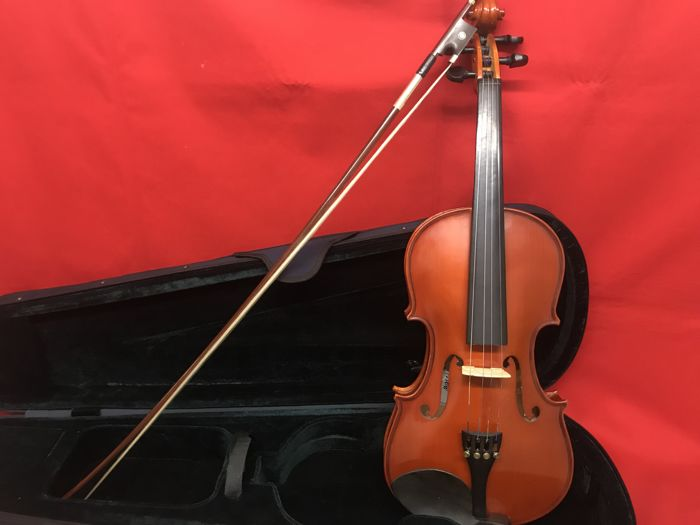 Lot with a 4/4 violin for study - with case - arrow