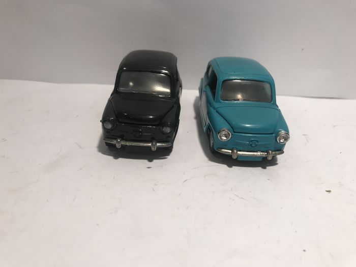 Auto Pilen - Scale 1/43 - Seat 600 - Made in Spain