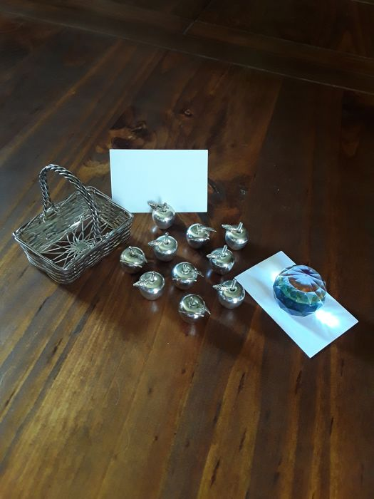 Business card holder shaped as an apple, a basket and a crystal paperweight
