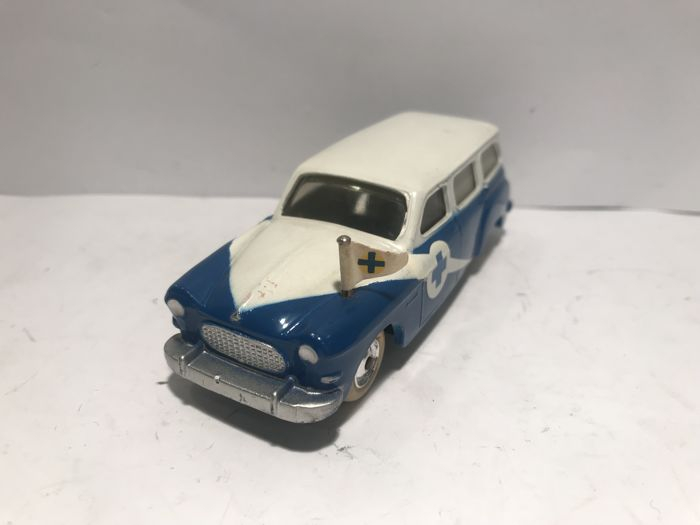 CIJ - Scale 1/43 - 353A Renault Europarc Ambulance - Made in France