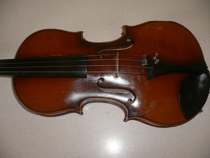 Beautiful old German violin